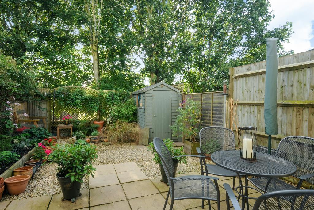 Lovely private rear garden