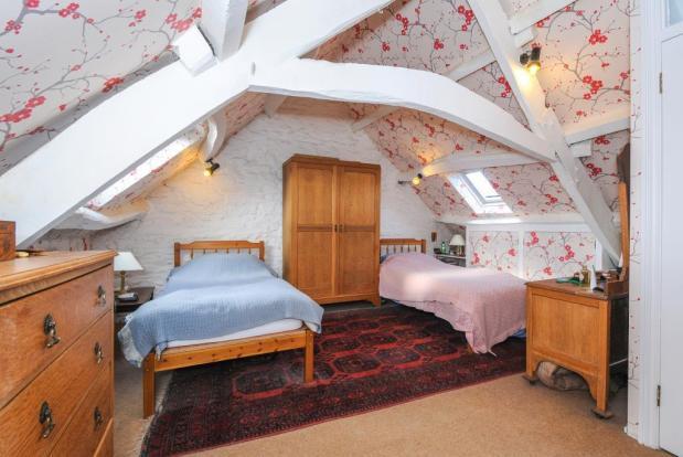 Character main bedroom