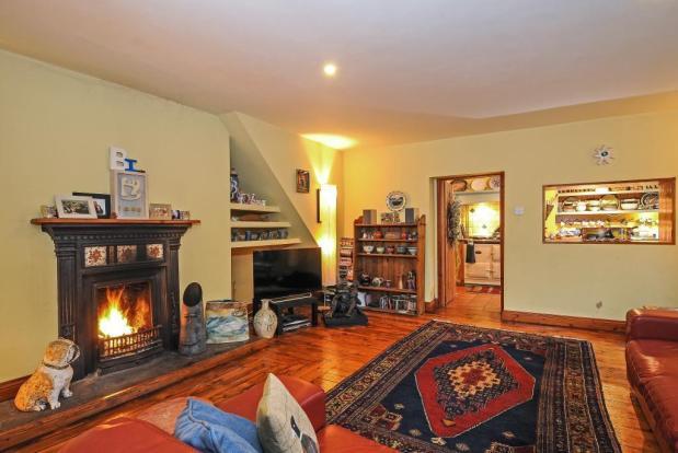 Sitting Room with wood floor
