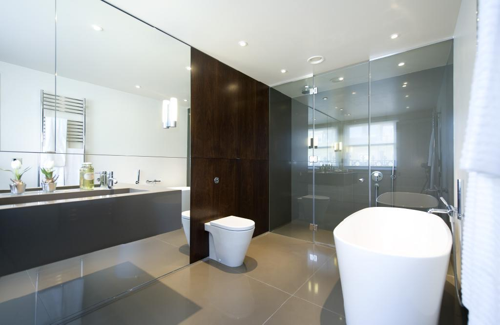 mirror wall bathroom design ideas photos inspiration rightmove - Mirror Wall Designs