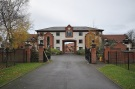3 bedroom Penthouse to rent in Old Lodge Drive...