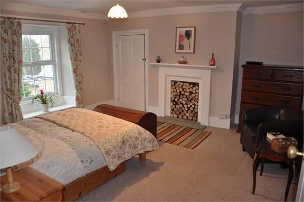 4 Bedroom Farm House For Sale In Broomhouse Farm Court