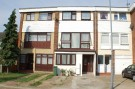 4 bedroom Town House for sale in Robinia Close, IG6