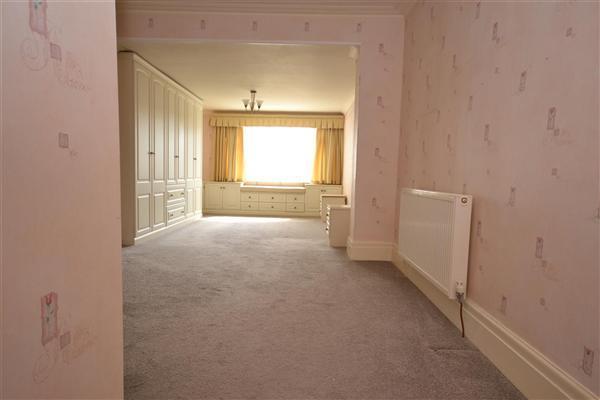 Bedroom - main