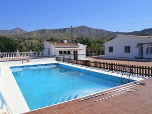 4 bedroom house in Valencia, Alicante, Agost