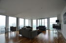 3 bed Apartment in Marsh Wall, London, E14