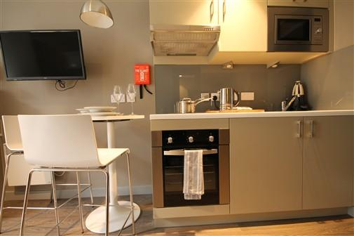 Jesmond Apartme - 4