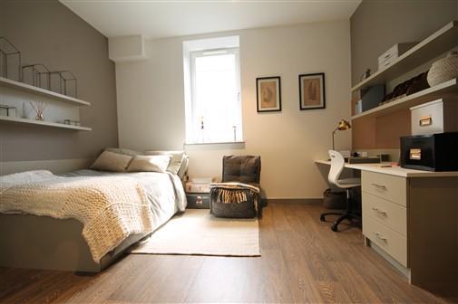 Jesmond Apartme - 12