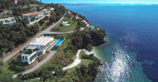 4 bedroom Detached Villa for sale in Exclusive Beach Front...