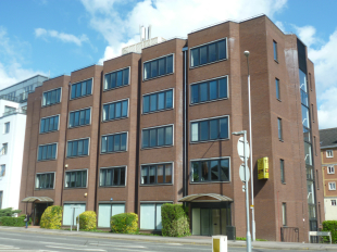 property to rent in Clarendon House, 59 -75 Queens Road, Reading, RG1 4BG