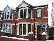 3 bed property to rent in Maindy Road, Cardiff...
