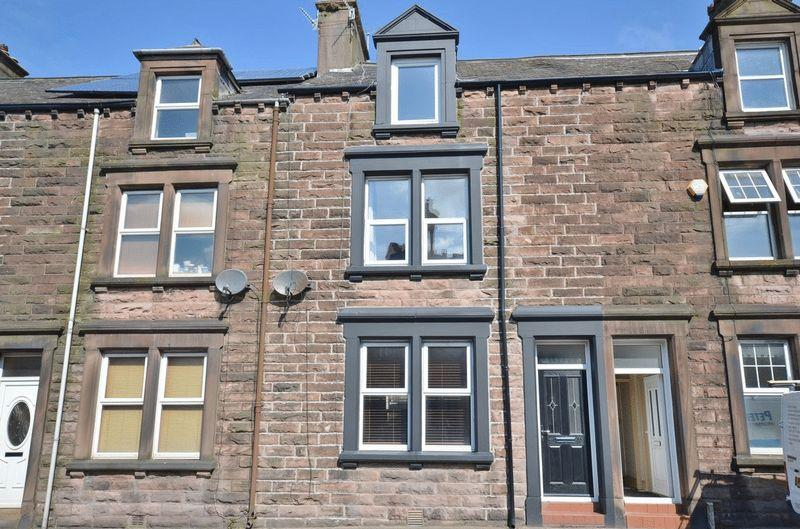 4 bedroom town house for sale in harrington road for Modern homes workington