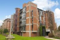 2 bedroom Flat in Shorland House...