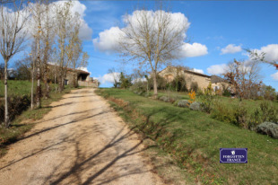 Country House for sale in Midi-Pyr�n�es...