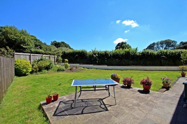Private garden overl