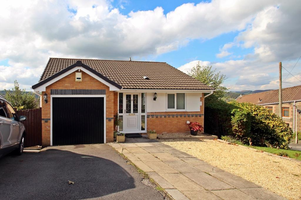 3 Bed Detached Split
