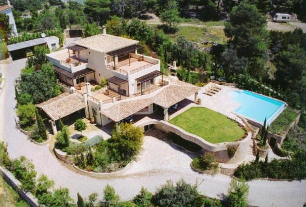 10 bedroom house for sale in the villa porto heli greece for 10 bedroom mansion