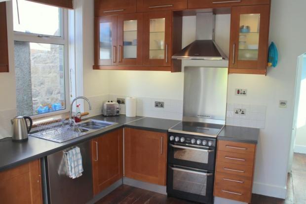 1582_Kitchen 2.jpg