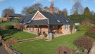 Detached Bungalow in Hartwell Farm, Hartfield...