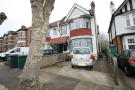 3 bed Maisonette for sale in Langley Park, London, NW7