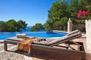 6 bed Detached home for sale in Elegant 6 bedroom luxury...