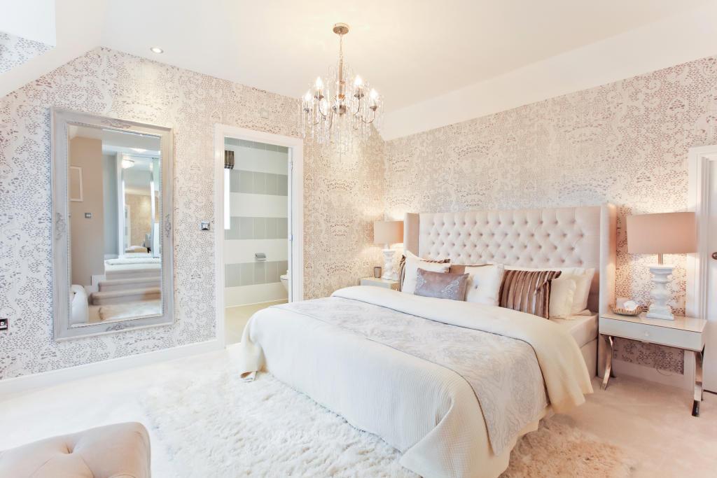 HighclereSp_bedroom_3