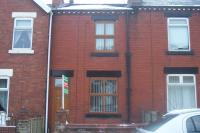 2 bedroom Terraced house to rent in Old Road...