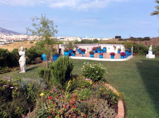 Main Garden Photo 1.