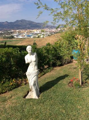 Statue view.jpg