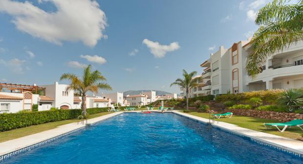 Pool and urbanizatio