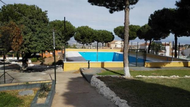 foto piscina..jpg