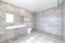 24 Bathroom.jpg