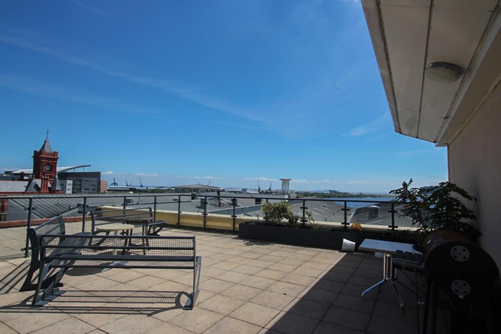 2 Bedroom Apartment To Rent In Ocean Buildings Cardiff Bay Cf10