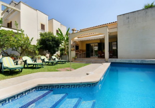 4 bed Villa for sale in Balearic Islands...