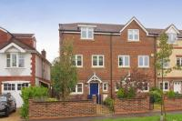 4 bedroom Terraced property in Broyle Road, Chichester
