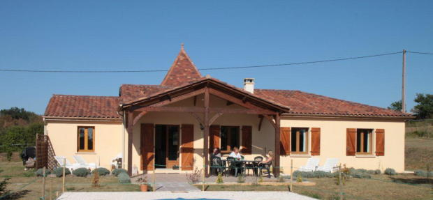 Cottage terrace side