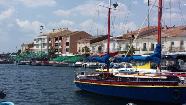 Mèze harbour