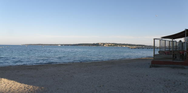 Mouré Rouge beach