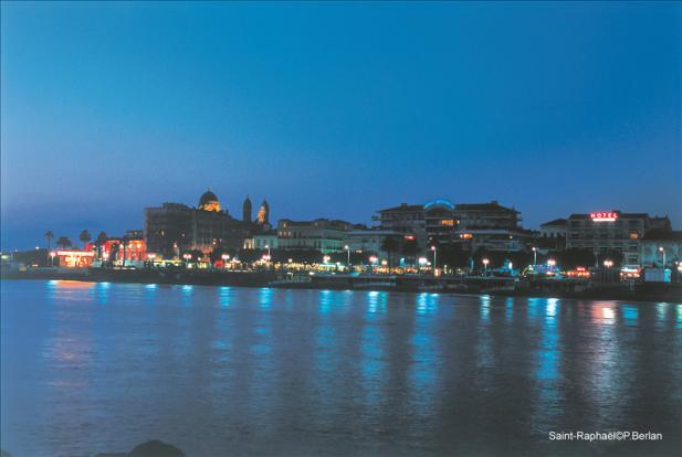 St Raphael by night