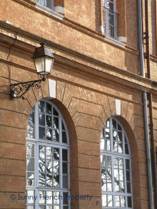 Façade in Toulouse