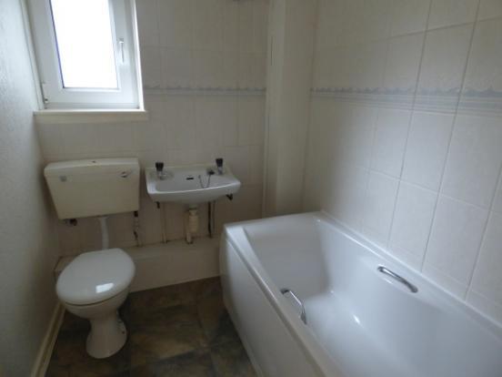 1029_bathroom2.JPG