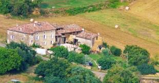 Detached property in Midi-Pyr�n�es...