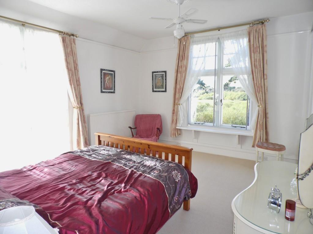 Pink Purple Master Bedroom Design Ideas Photos