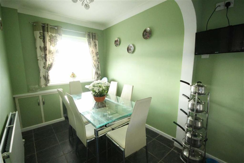 Dining Room Section