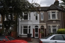 Terraced home to rent in Chelmsford road...