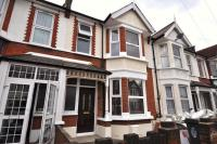 4 bedroom Terraced property to rent in Essex Road, Leyton, E10