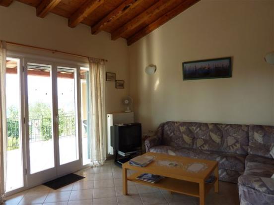 Living room villa no.2