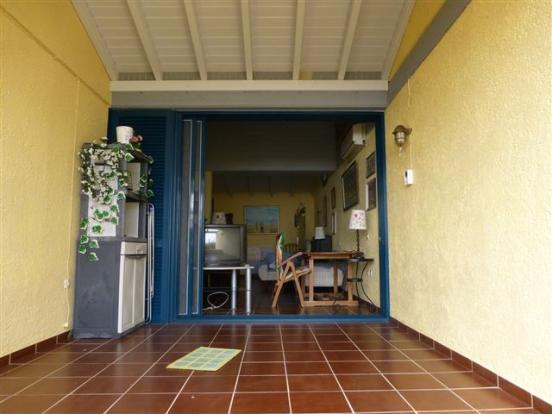 covered verandah