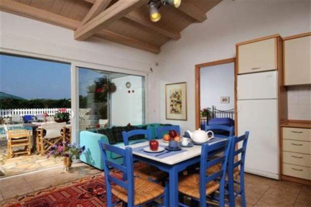 votana villa dining and terrace
