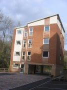 2 bed Apartment in Dyffryn Court, Abercarn...